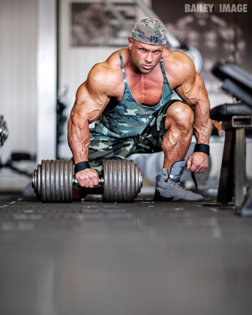 anth_bailes_maxx_muscle_12-05-12_0004